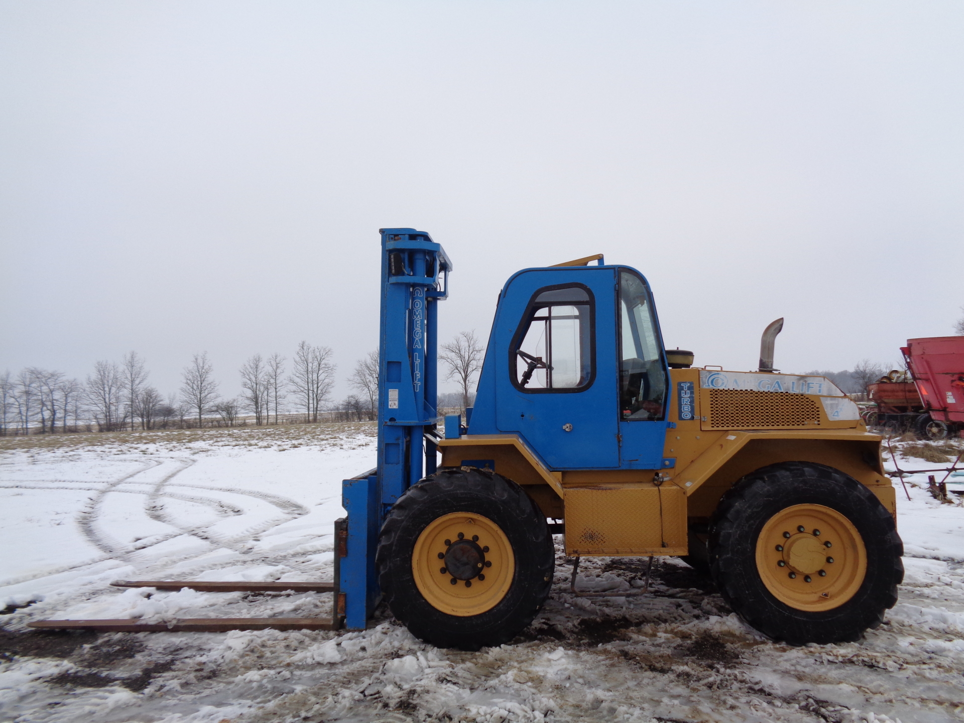 2011 OmegaLift 4418T-8MS    $27,900